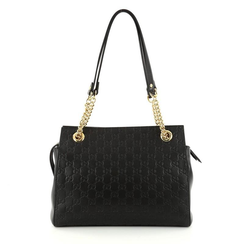 01afd93ed The subject of animal detailing continues in the Gucci Soho Shoulder Bag  Price Malaysia Replica Osiride Small GG Shoulder Bag